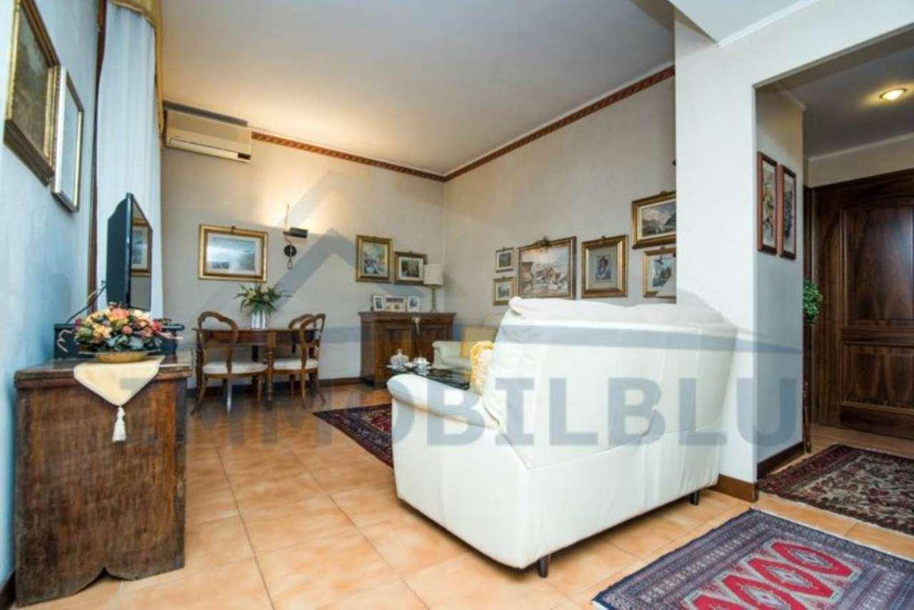 Villa in vendita a Settimo Milanese, 4 locali, prezzo € 370.000 | Cambio Casa.it