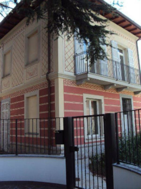 Villa in vendita a Sovico, 4 locali, prezzo € 330.000 | Cambiocasa.it