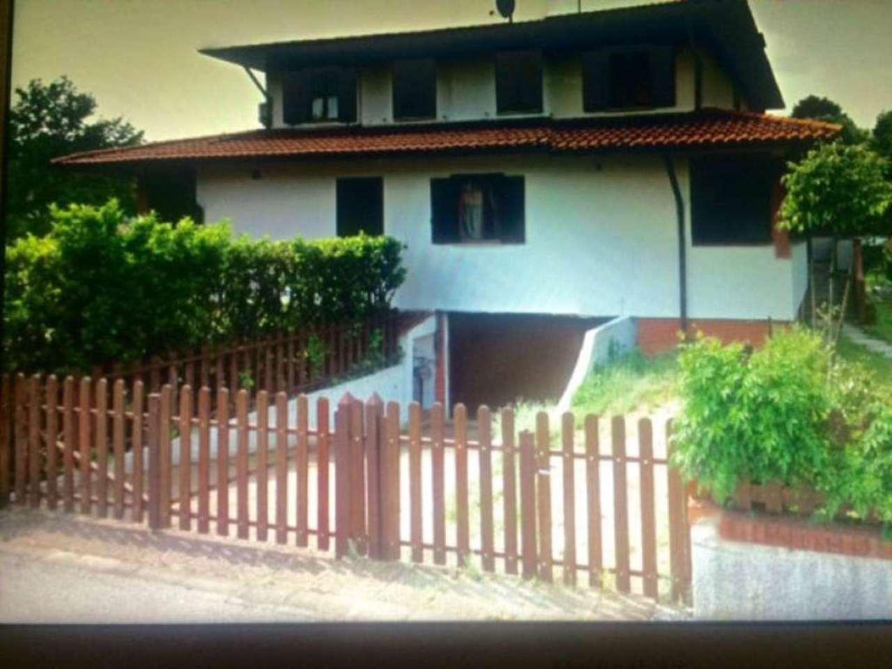 Villa in vendita a Assago, 5 locali, prezzo € 590.000 | Cambio Casa.it