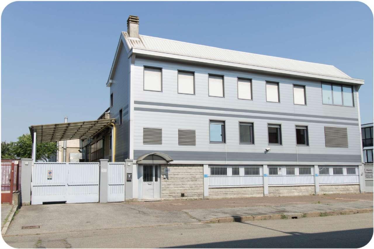 Capannone in vendita a Corsico, 4 locali, prezzo € 1.290.000 | Cambio Casa.it