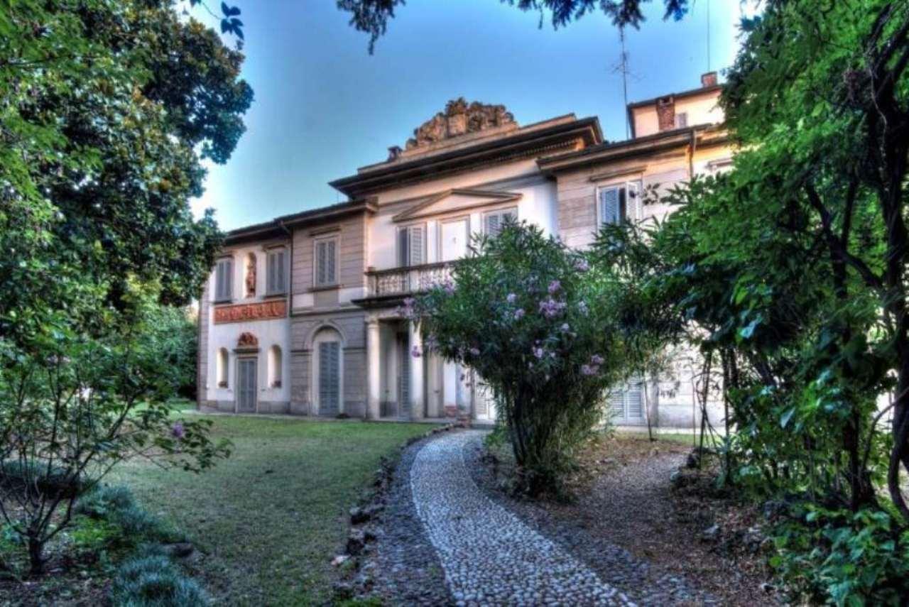 Villa in vendita a Monza, 10 locali, zona Zona: 5 . San Carlo, San Giuseppe, San Rocco, Trattative riservate | Cambio Casa.it
