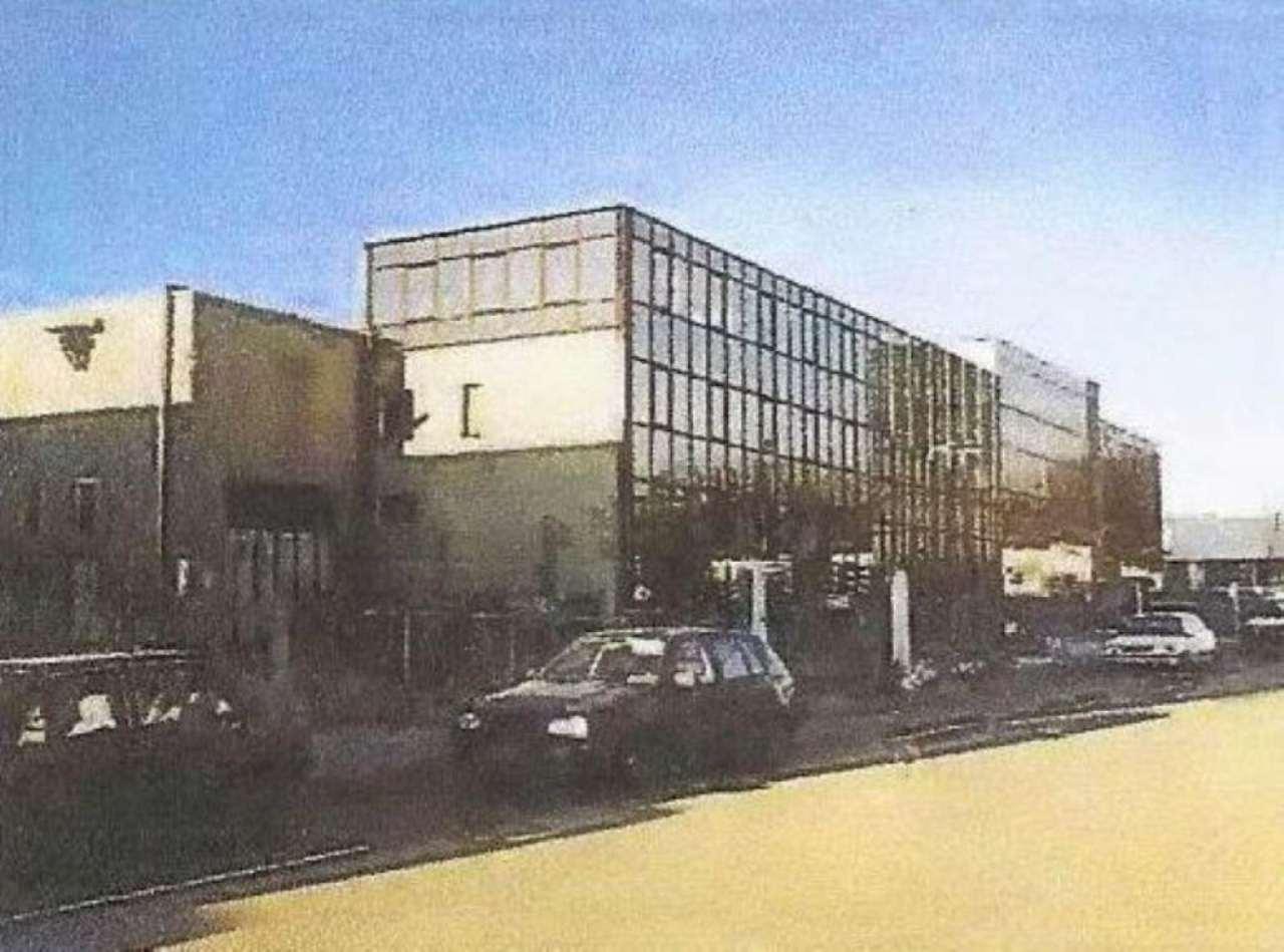 Immobile Commerciale in vendita a Vedano Olona, 9999 locali, prezzo € 3.500.000 | Cambiocasa.it