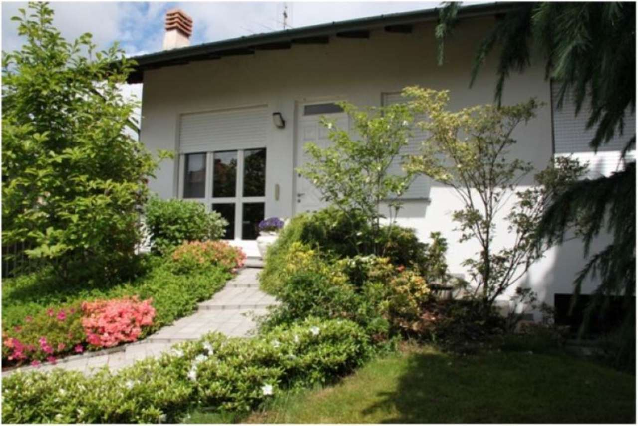 Villa in vendita a Villa Cortese, 4 locali, prezzo € 360.000 | Cambio Casa.it