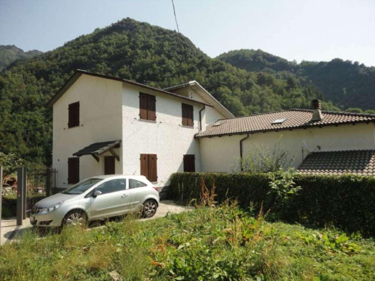 Soluzione Indipendente in vendita a Favale di Malvaro, 4 locali, prezzo € 89.000 | Cambio Casa.it