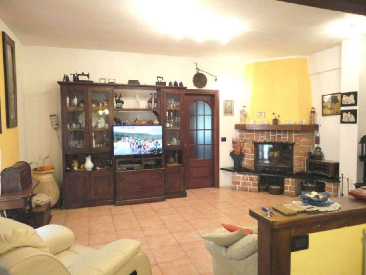 Appartamento in vendita a Moconesi, 5 locali, prezzo € 195.000 | Cambio Casa.it