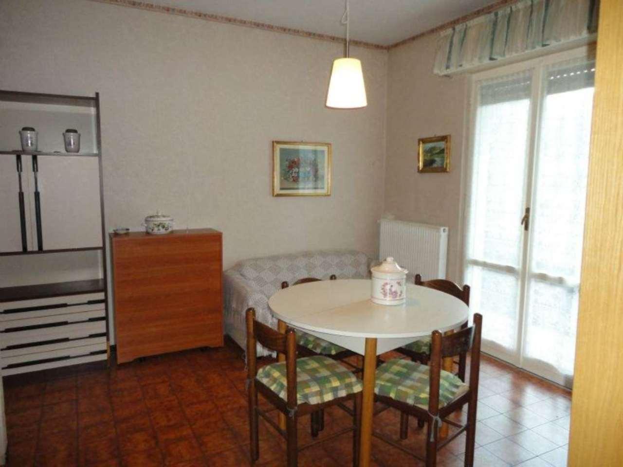 Appartamento in vendita a Moconesi, 3 locali, prezzo € 55.000 | Cambio Casa.it