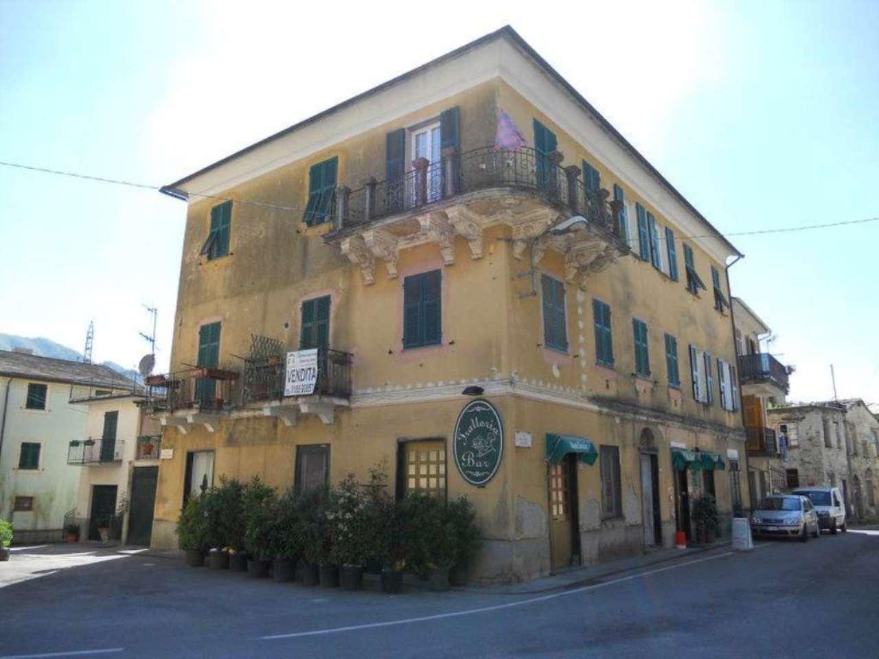 Appartamento in vendita a Moconesi, 4 locali, prezzo € 79.000 | Cambio Casa.it