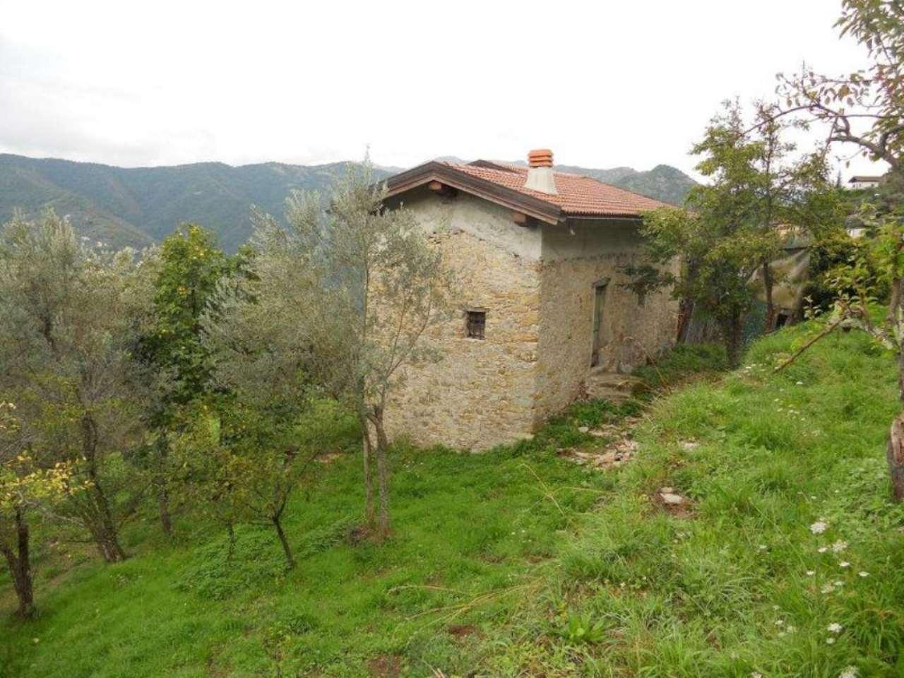 Rustico / Casale in vendita a Avegno, 5 locali, prezzo € 55.000 | Cambio Casa.it