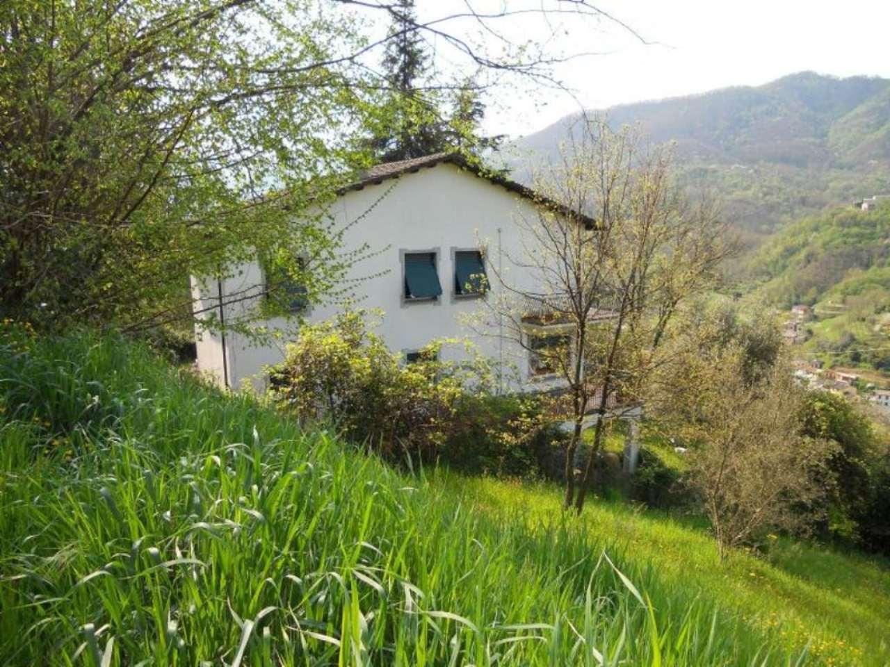 Villa in vendita a Moconesi, 10 locali, prezzo € 275.000 | Cambio Casa.it