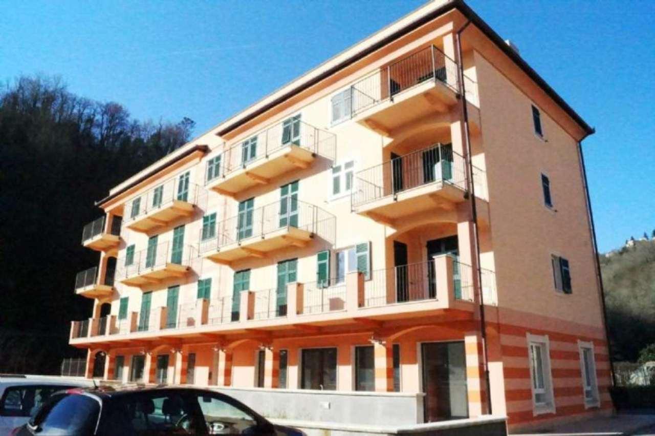 Negozio / Locale in vendita a Moconesi, 1 locali, Trattative riservate | CambioCasa.it