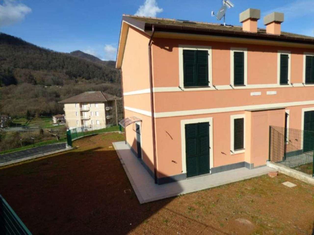 Villa in vendita a San Colombano Certenoli, 5 locali, prezzo € 220.000 | Cambio Casa.it