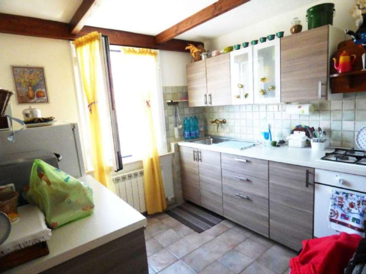 Soluzione Indipendente in vendita a Davagna, 5 locali, prezzo € 119.000 | Cambio Casa.it