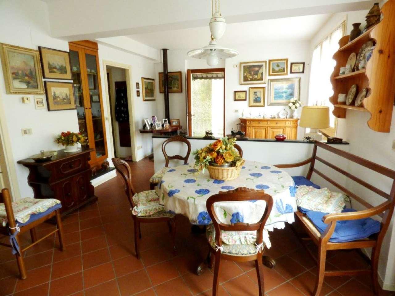 Soluzione Semindipendente in vendita a Tribogna, 5 locali, prezzo € 95.000 | Cambio Casa.it