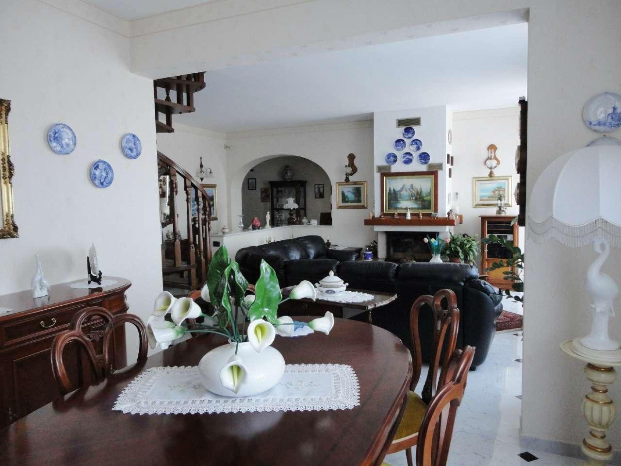 Appartamento in vendita a Tribogna, 6 locali, prezzo € 150.000 | Cambio Casa.it