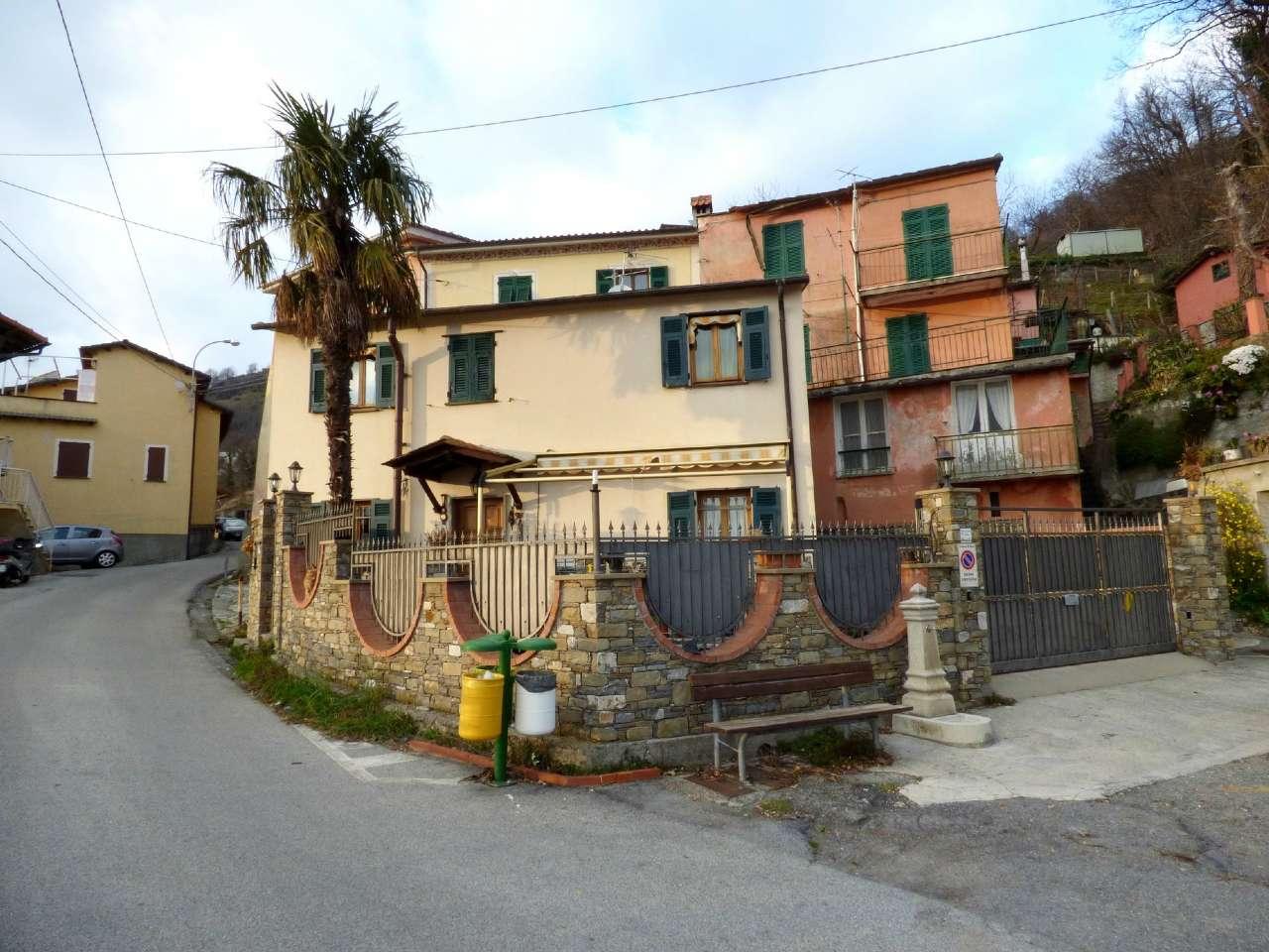 Soluzione Indipendente in vendita a Uscio, 6 locali, prezzo € 149.000 | Cambio Casa.it