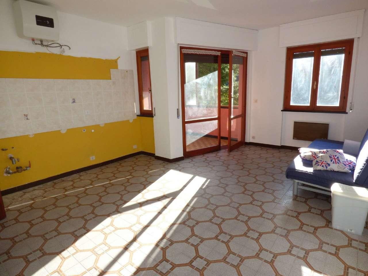 Appartamento in vendita a Moconesi, 3 locali, prezzo € 35.000 | CambioCasa.it