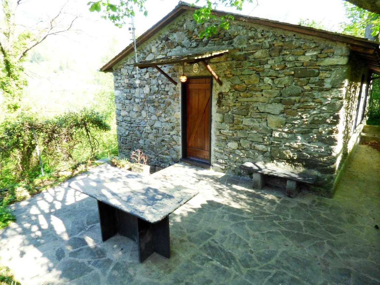 Soluzione Indipendente in vendita a Favale di Malvaro, 5 locali, prezzo € 54.000 | Cambio Casa.it
