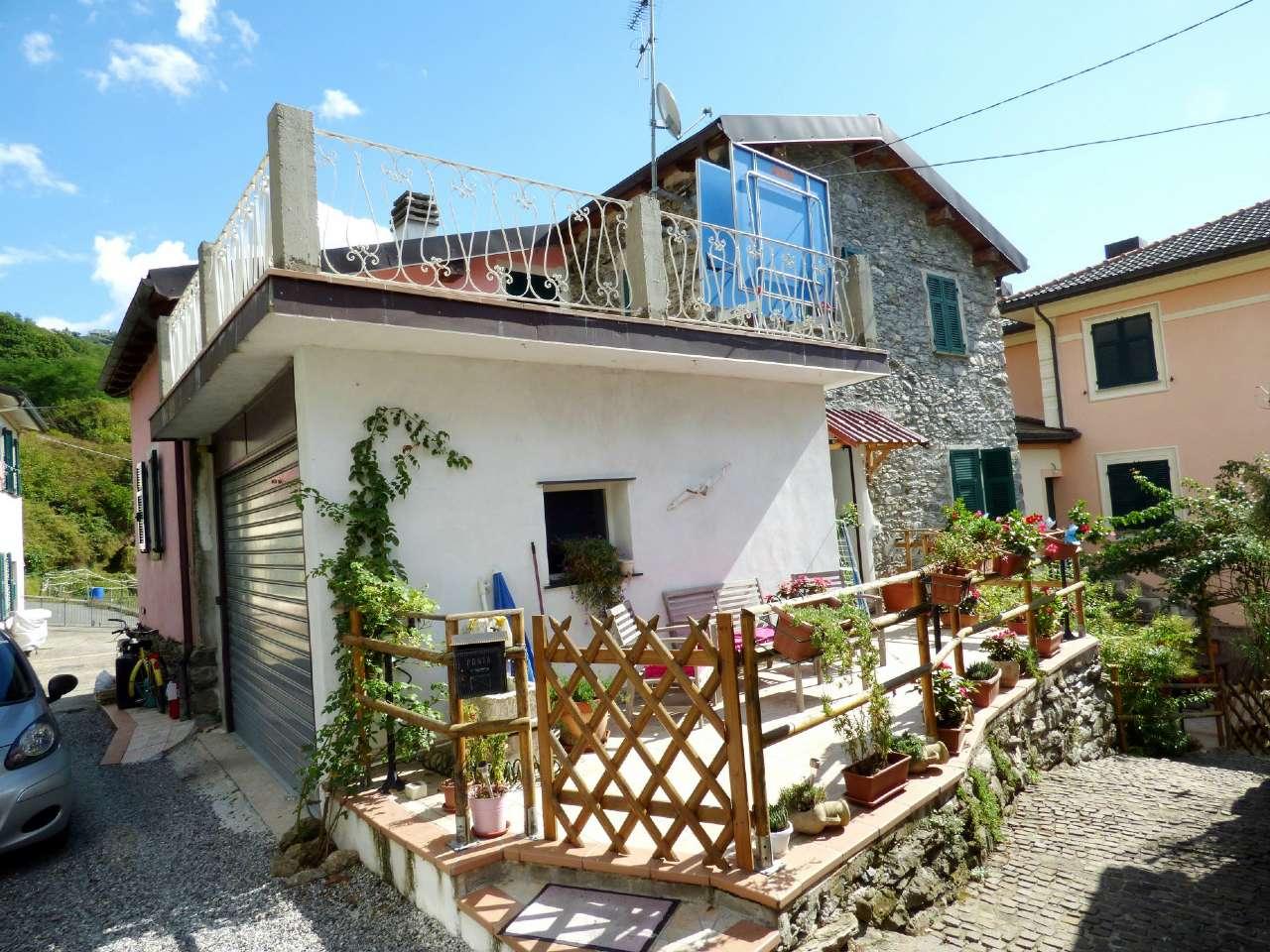 Soluzione Indipendente in vendita a Moconesi, 6 locali, prezzo € 188.000 | Cambio Casa.it