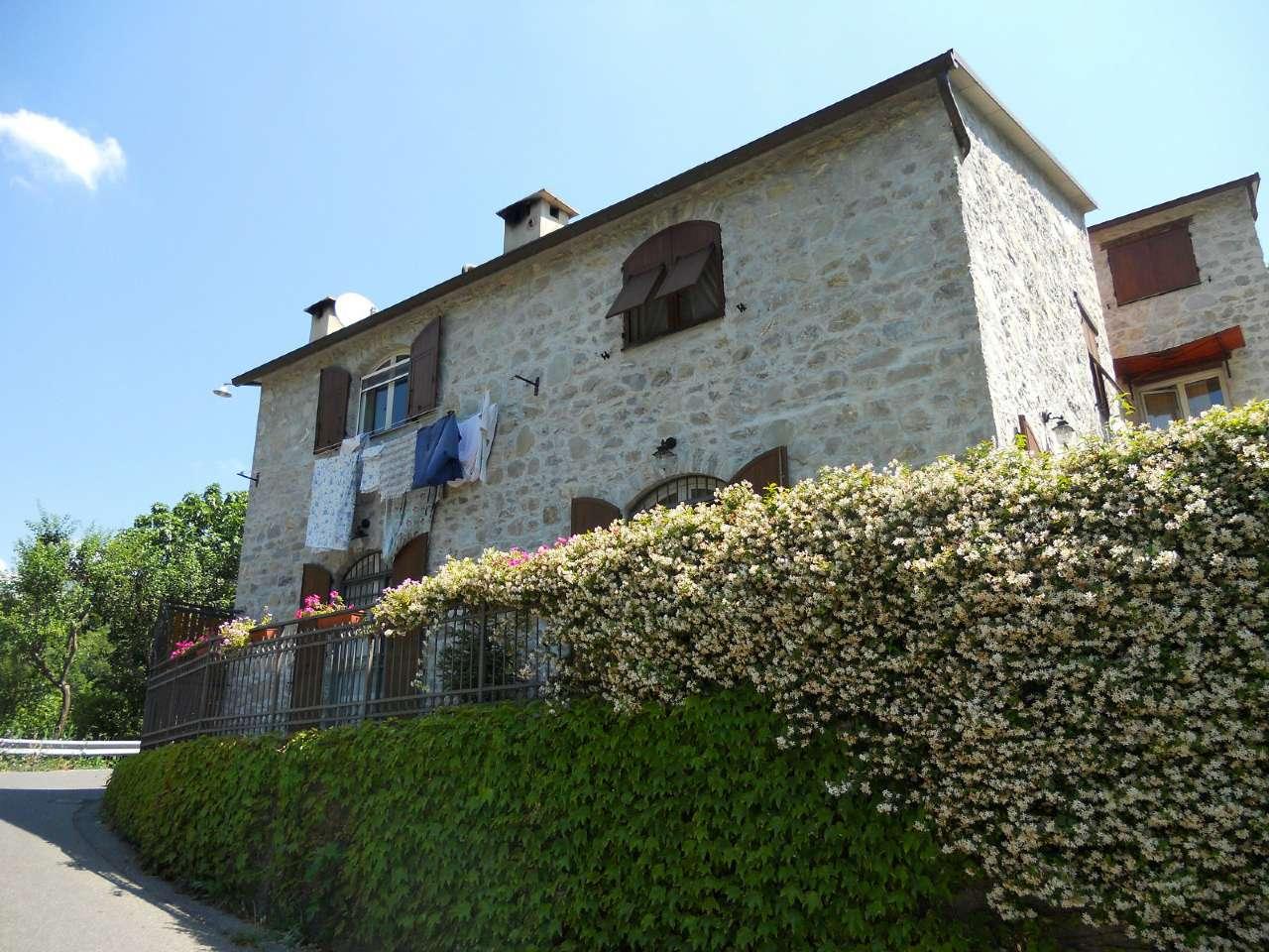 Soluzione Semindipendente in affitto a Bargagli, 4 locali, prezzo € 400 | CambioCasa.it