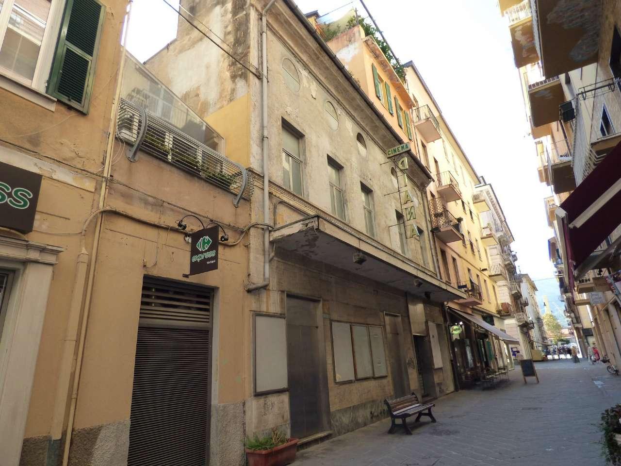 Immobile Commerciale in Vendita a La Spezia