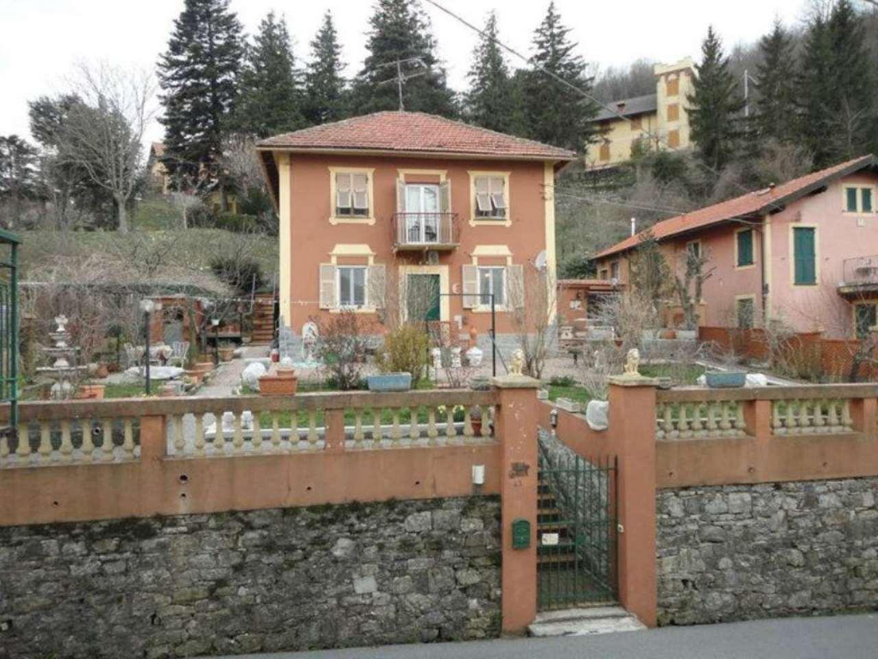 Soluzione Indipendente in vendita a Davagna, 7 locali, prezzo € 240.000 | Cambio Casa.it
