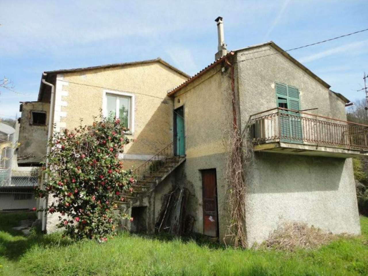 Soluzione Indipendente in vendita a Moconesi, 8 locali, prezzo € 75.000 | Cambio Casa.it