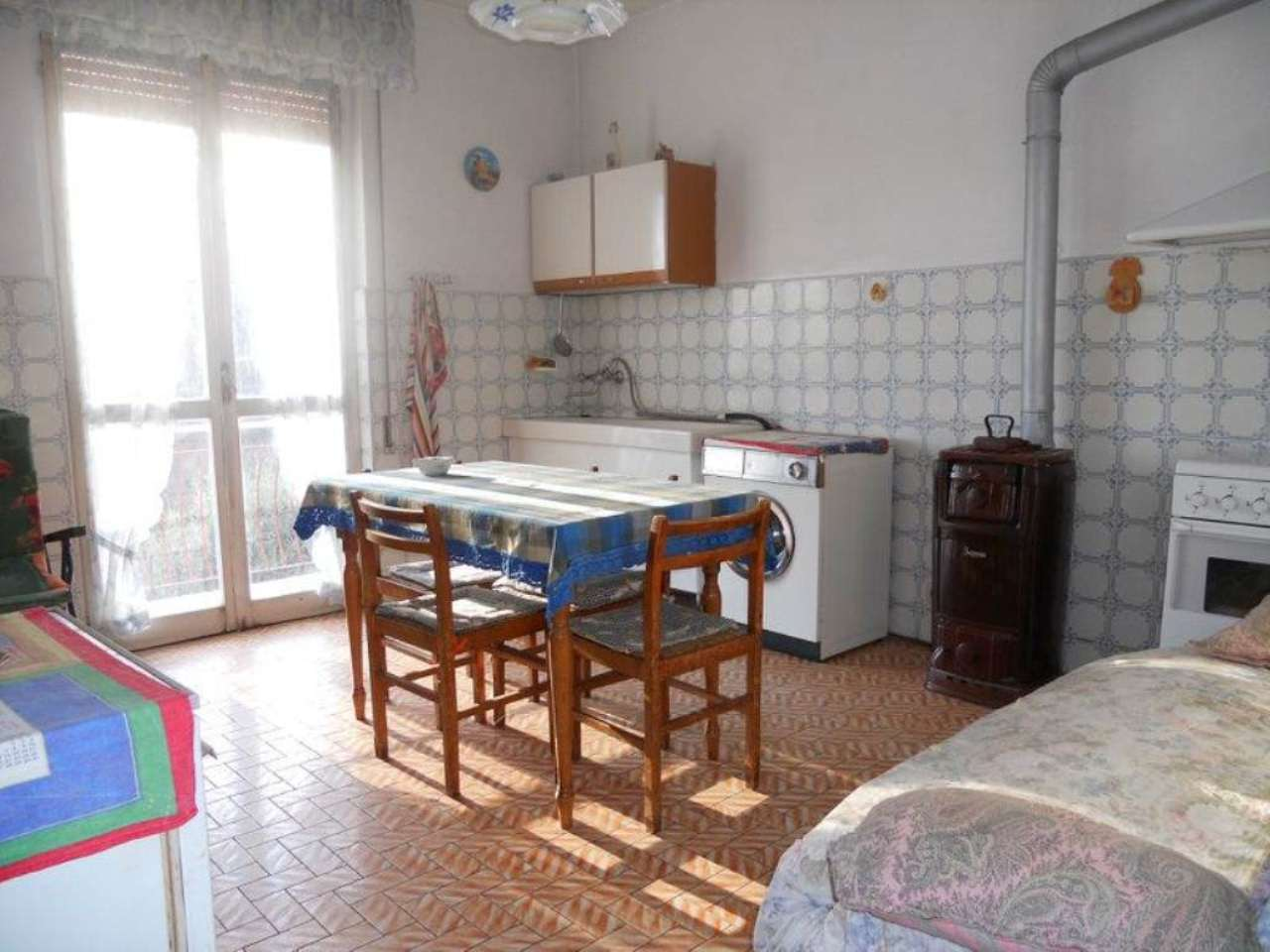 Appartamento in vendita a Neirone, 5 locali, prezzo € 65.000 | Cambio Casa.it