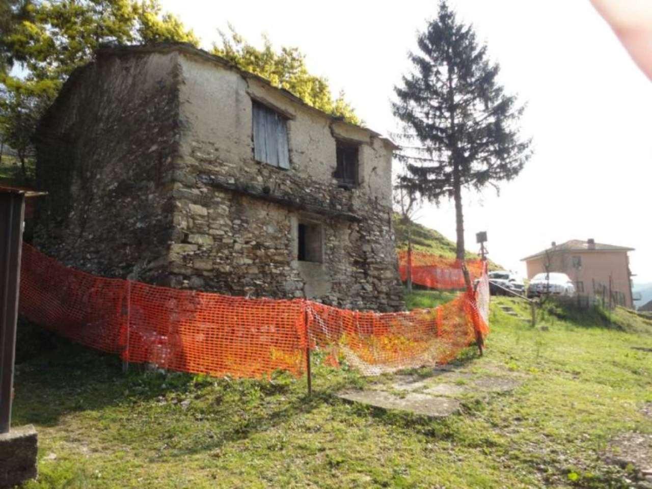 Rustico / Casale in vendita a Lumarzo, 5 locali, prezzo € 45.000 | Cambio Casa.it