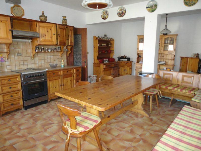 Soluzione Indipendente in vendita a Neirone, 5 locali, prezzo € 160.000 | Cambio Casa.it