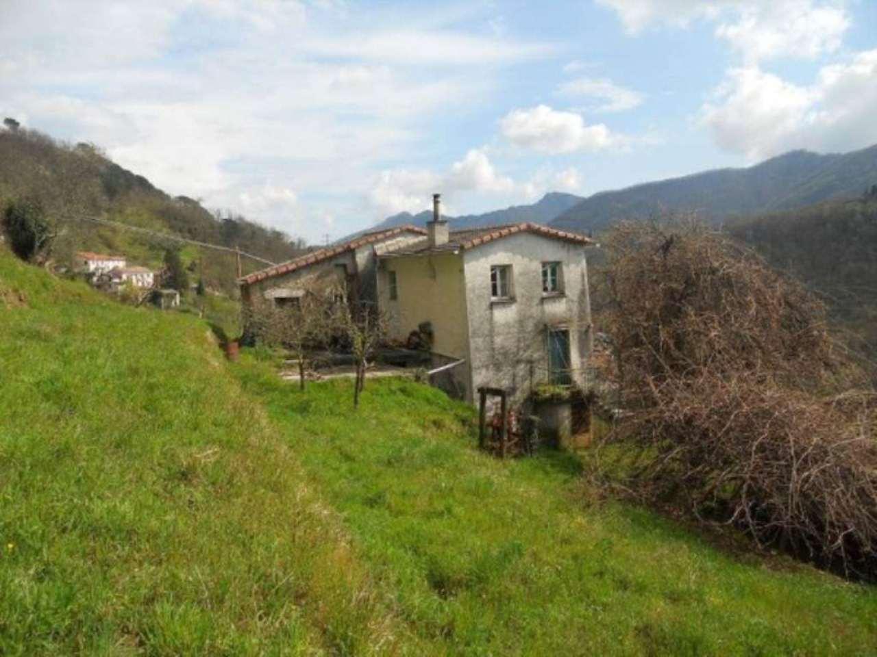 Rustico / Casale in vendita a Neirone, 6 locali, prezzo € 80.000 | Cambio Casa.it