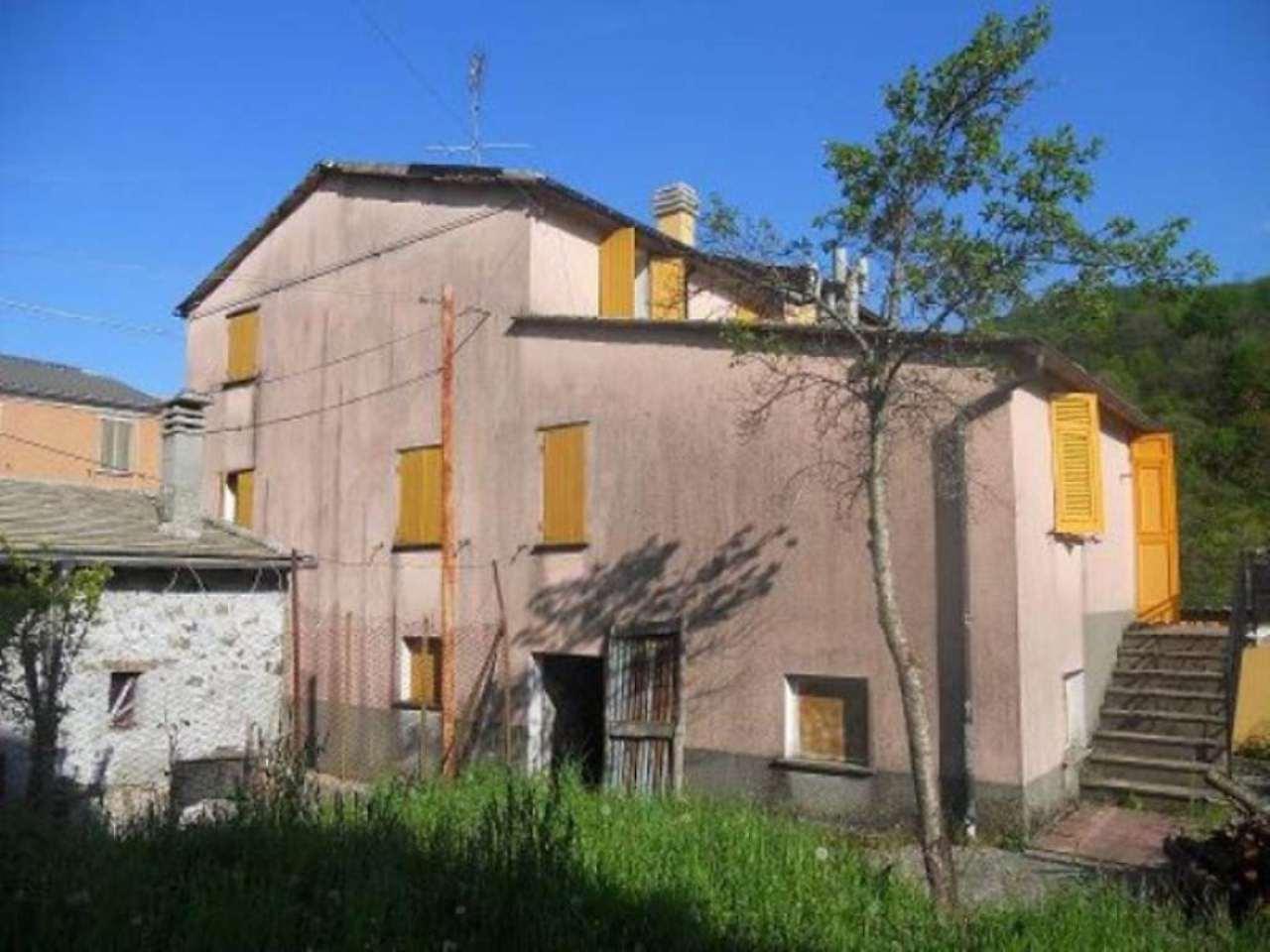 Soluzione Indipendente in vendita a Rezzoaglio, 6 locali, prezzo € 49.000 | Cambio Casa.it