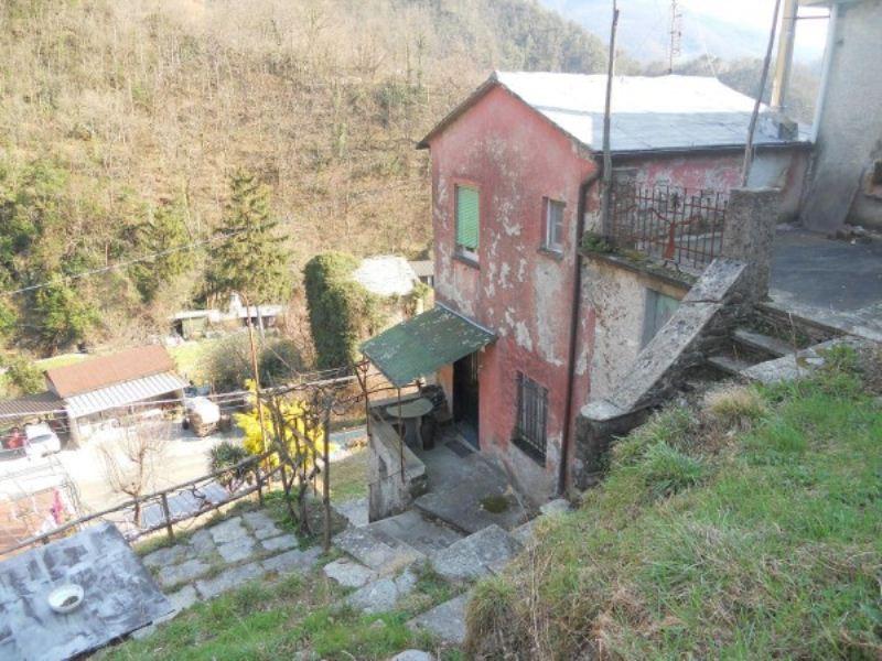 Soluzione Indipendente in vendita a Favale di Malvaro, 5 locali, prezzo € 55.000 | Cambio Casa.it