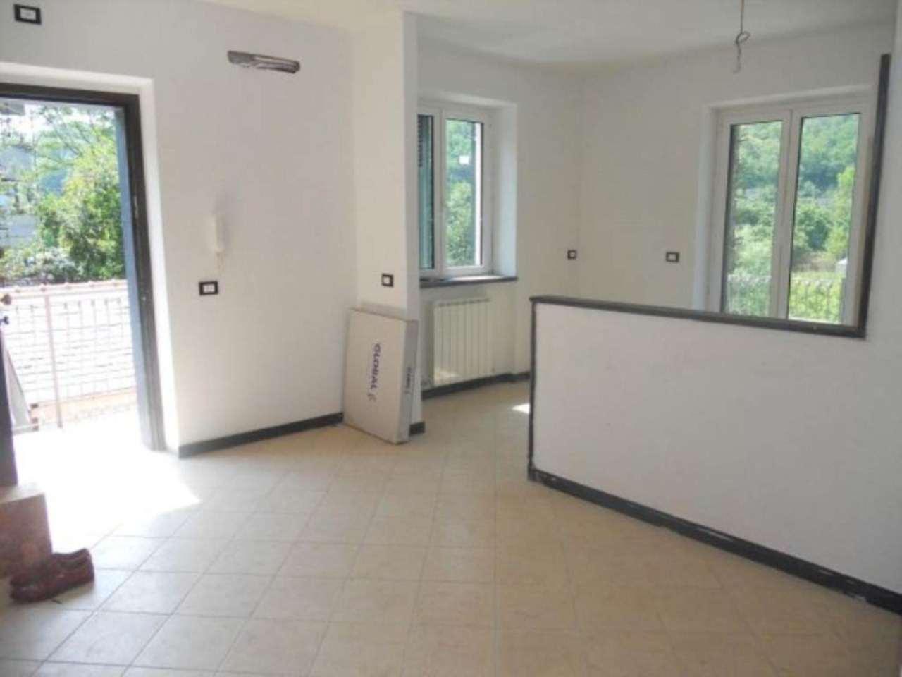 Appartamento in vendita a Cicagna, 4 locali, prezzo € 120.000 | Cambio Casa.it