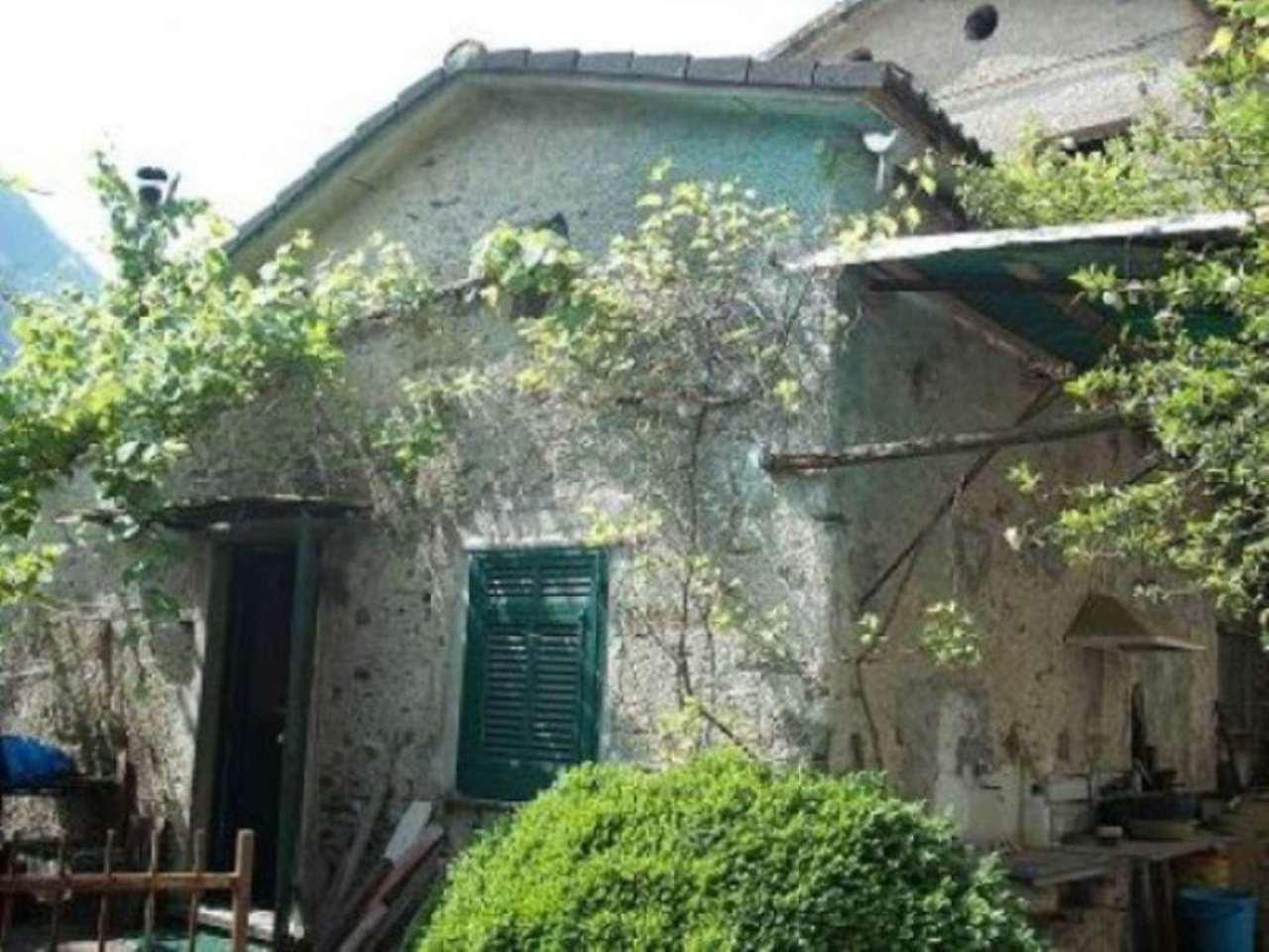 Soluzione Indipendente in vendita a Favale di Malvaro, 4 locali, prezzo € 48.000 | Cambio Casa.it