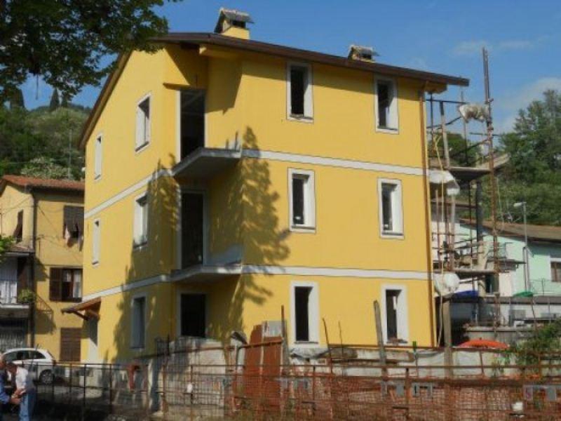 Appartamento in vendita a Moconesi, 4 locali, prezzo € 145.000 | Cambio Casa.it