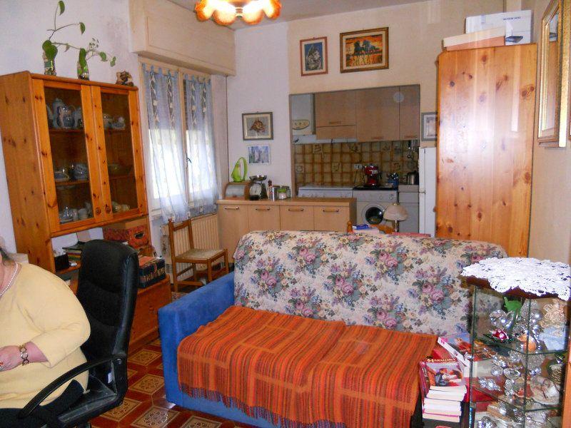Appartamento in vendita a Moconesi, 3 locali, prezzo € 65.000 | Cambio Casa.it