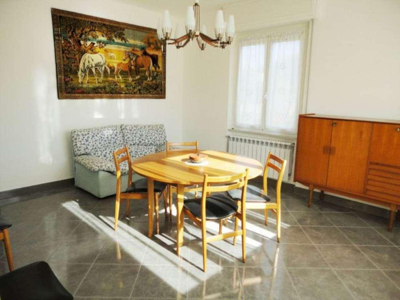 Appartamento in vendita a Lumarzo, 5 locali, prezzo € 79.000 | Cambio Casa.it