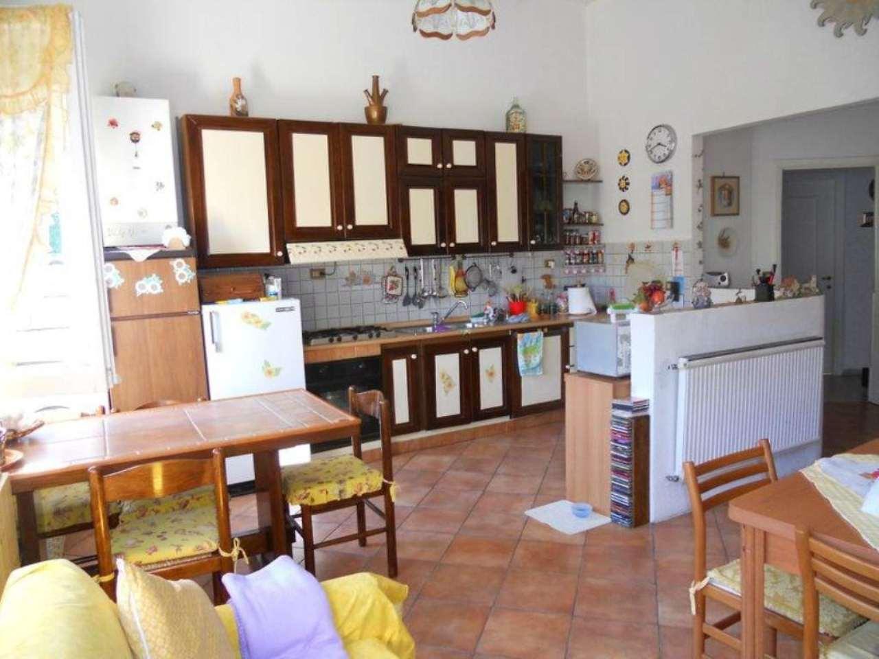 Appartamento in vendita a Cicagna, 4 locali, prezzo € 119.000 | Cambio Casa.it