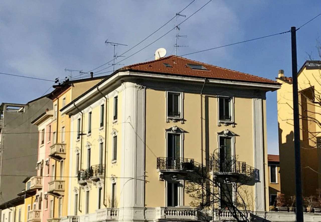 Loft in vendita 3 vani 70 mq.  via Mosè Bianchi Milano