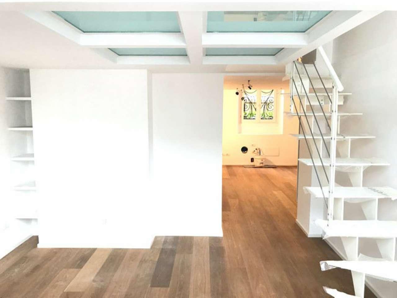 Appartamento in vendita 3 vani 70 mq.  via Mose bianchi Milano