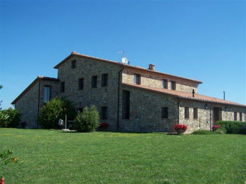 Rustico / Casale in vendita a Volterra, 25 locali, prezzo € 1.800.000   Cambiocasa.it
