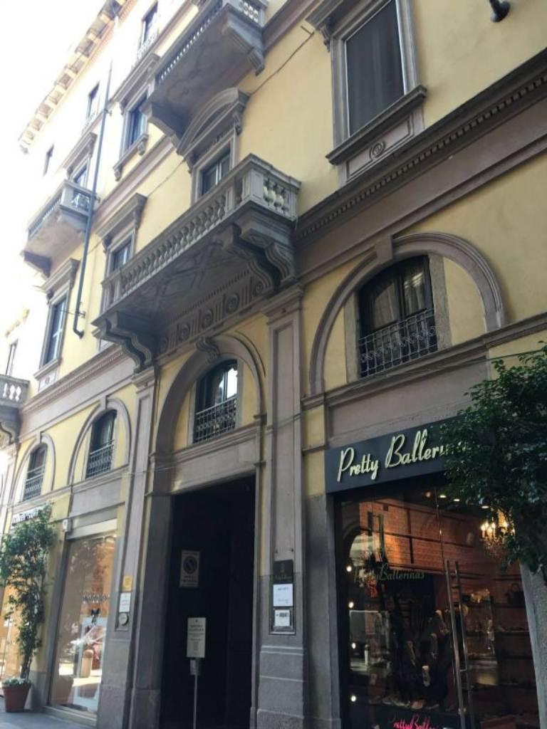Appartamento in affitto a Milano, 2 locali, zona Zona: 1 . Centro Storico, Duomo, Brera, Cadorna, Cattolica, prezzo € 2.100 | Cambio Casa.it