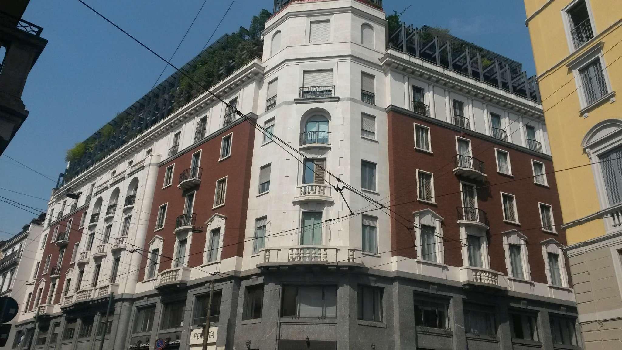 Appartamento in affitto a Milano, 4 locali, zona Zona: 1 . Centro Storico, Duomo, Brera, Cadorna, Cattolica, prezzo € 2.920 | Cambio Casa.it