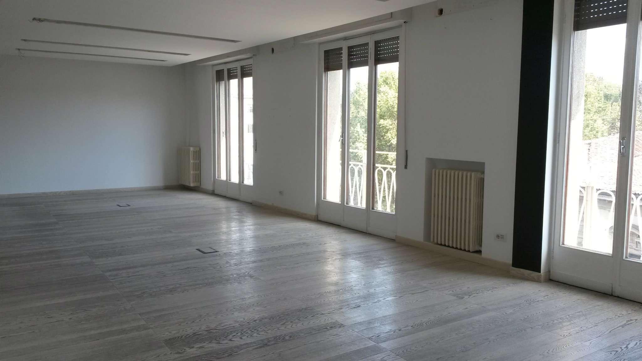 Appartamento in affitto a Milano, 3 locali, zona Zona: 1 . Centro Storico, Duomo, Brera, Cadorna, Cattolica, prezzo € 3.350 | Cambio Casa.it
