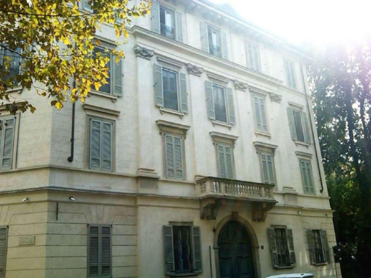 Appartamento in affitto a Milano, 4 locali, zona Zona: 1 . Centro Storico, Duomo, Brera, Cadorna, Cattolica, prezzo € 5.400 | Cambio Casa.it