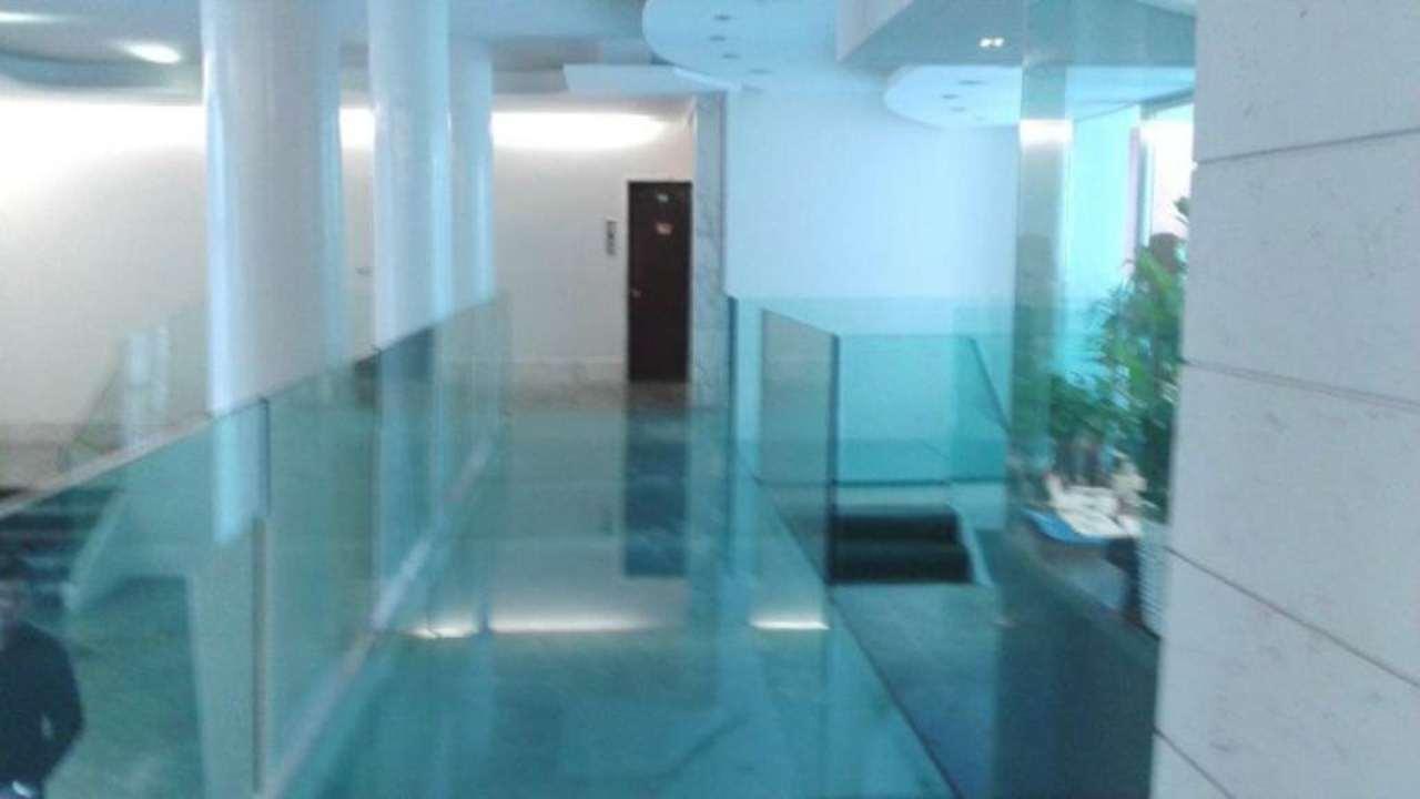 Appartamento in affitto a Milano, 5 locali, zona Zona: 1 . Centro Storico, Duomo, Brera, Cadorna, Cattolica, prezzo € 3.600 | Cambio Casa.it
