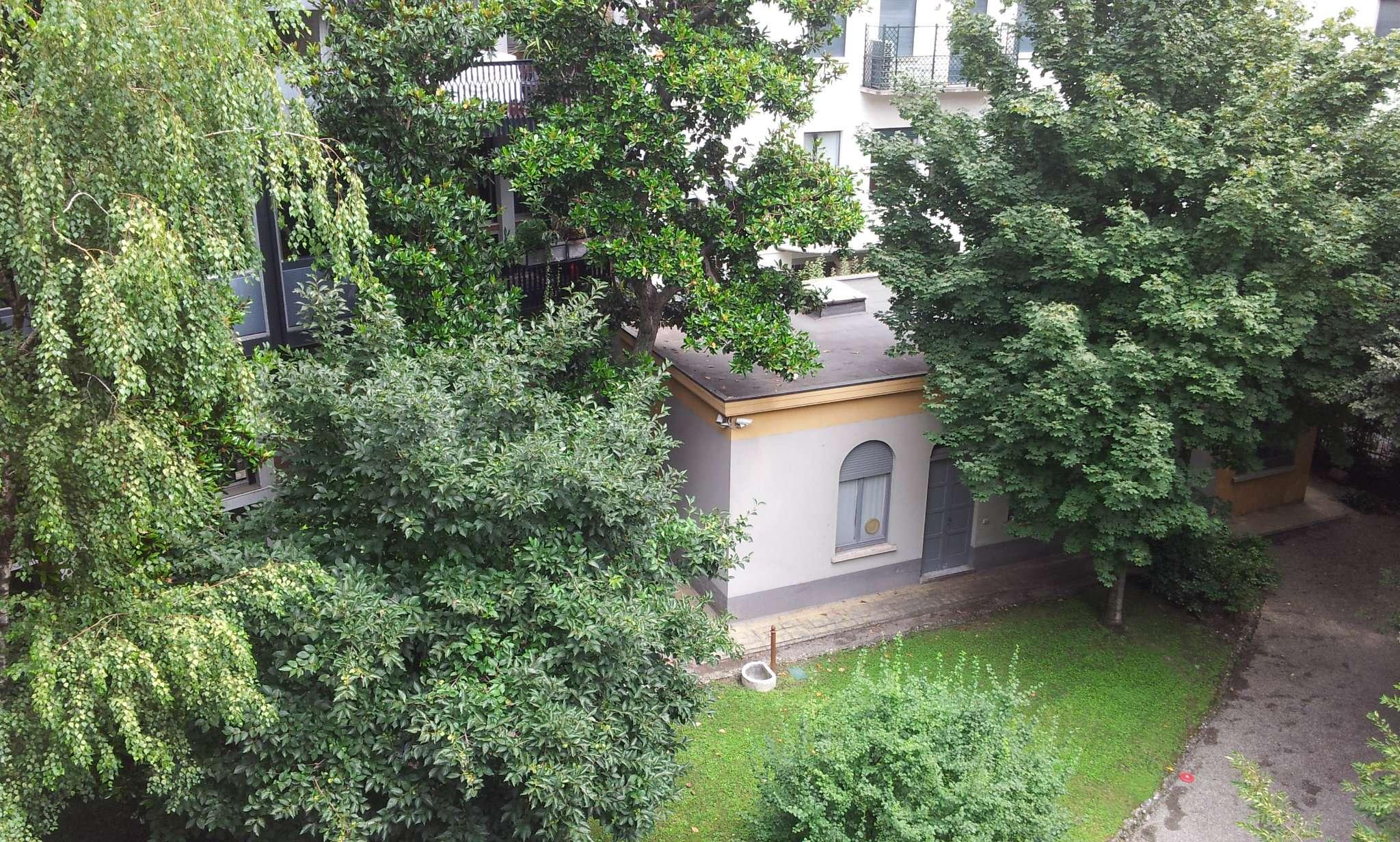 Appartamento in affitto a Milano, 5 locali, zona Zona: 1 . Centro Storico, Duomo, Brera, Cadorna, Cattolica, prezzo € 6.250 | Cambio Casa.it