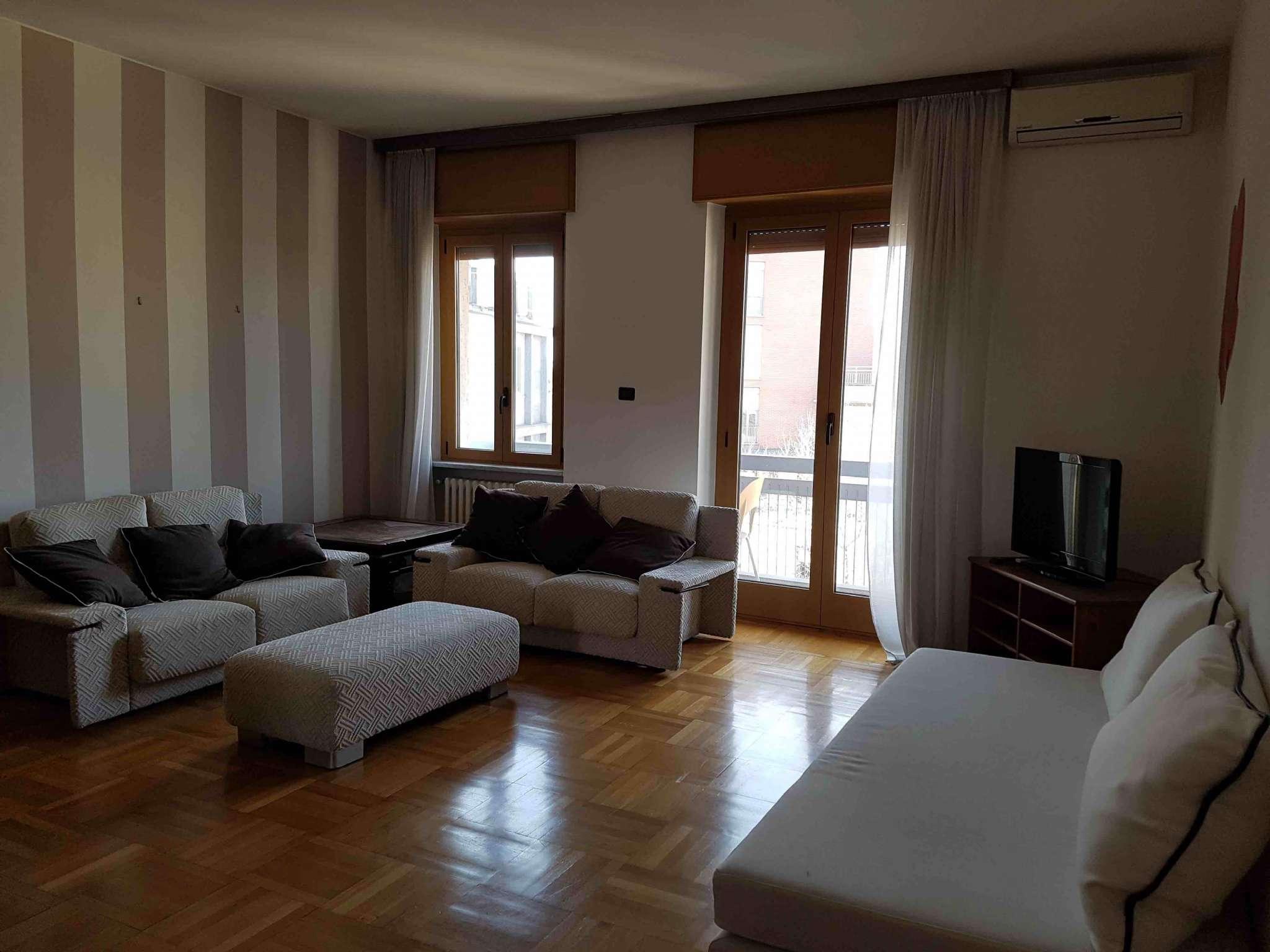 Appartamento in affitto a Milano, 3 locali, zona Zona: 1 . Centro Storico, Duomo, Brera, Cadorna, Cattolica, prezzo € 2.250 | Cambio Casa.it