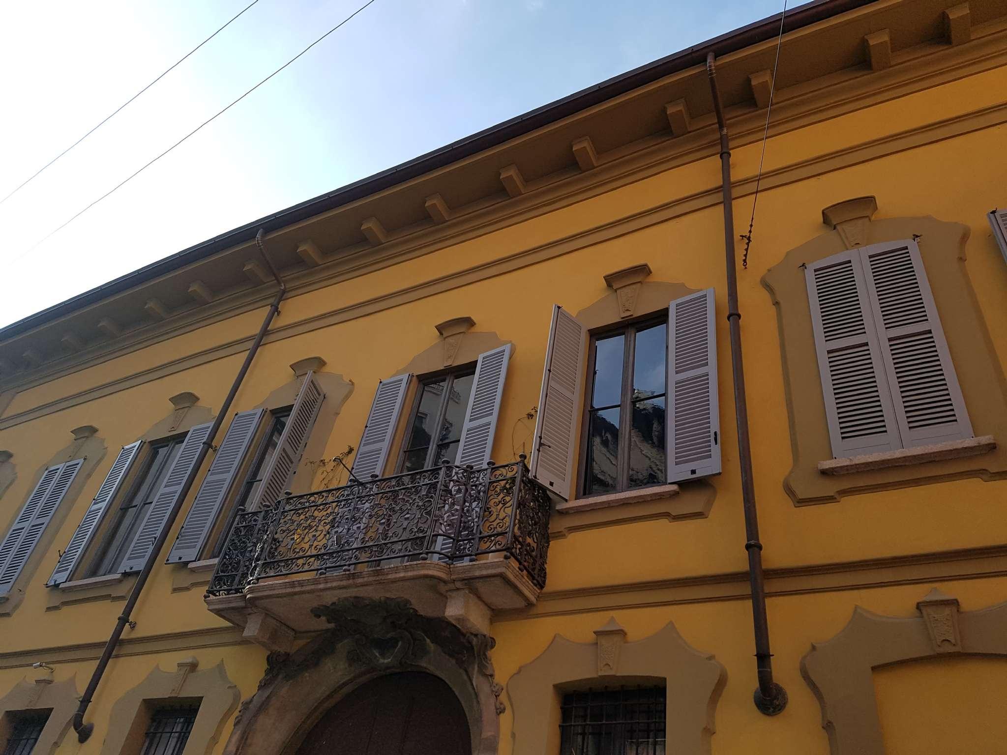 Appartamento in affitto a Milano, 3 locali, zona Zona: 1 . Centro Storico, Duomo, Brera, Cadorna, Cattolica, prezzo € 4.000 | Cambio Casa.it