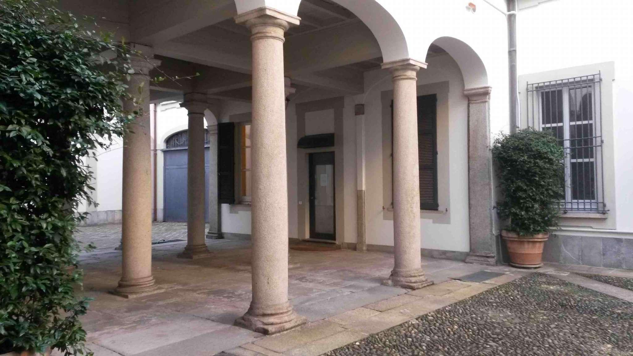 Appartamento in affitto a Milano, 2 locali, zona Zona: 1 . Centro Storico, Duomo, Brera, Cadorna, Cattolica, prezzo € 1.250 | Cambio Casa.it
